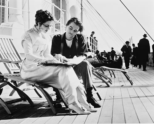 This is an image of 166005 Leonardo Dicaprio & Kate Winslet Photograph & Poster