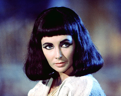 This is an image of 281986 Elizabeth Taylor Photograph & Poster