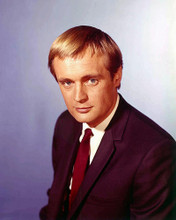 This is an image of 211391 David McCallum Photograph & Poster