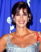 This is an image of 225768 Teri Hatcher Photograph & Poster