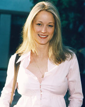 This is an image of 249101 Teri Polo Photograph & Poster
