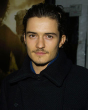 This is an image of 254274 Orlando Bloom Photograph & Poster