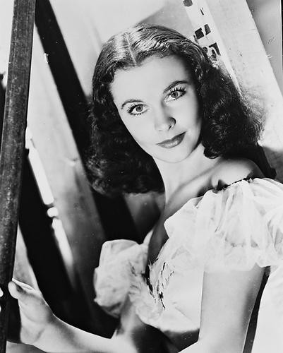 This is an image of 169998 Vivien Leigh Photograph & Poster