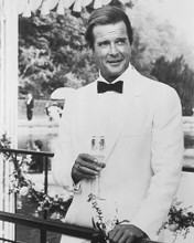 This is an image of 173056 Roger Moore Photograph & Poster