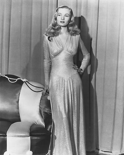 This is an image of 173342 Veronica Lake Photograph & Poster