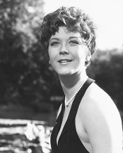 This is an image of 174551 Linda Thorson Photograph & Poster