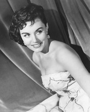 This is an image of 173709 Eunice Gayson Photograph & Poster