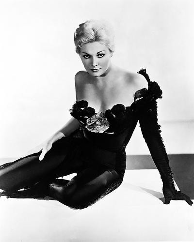 This is an image of 175151 Kim Novak Photograph & Poster