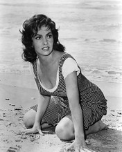 This is an image of 186038 Gina Lollobrigida Photograph & Poster