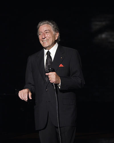 This is an image of 274859 Tony Bennett Photograph & Poster