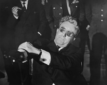 This is an image of 173265 Peter Sellers Photograph & Poster