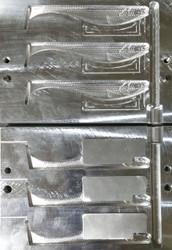 """201C-3 5"""" DR Swim Bait Mold"""