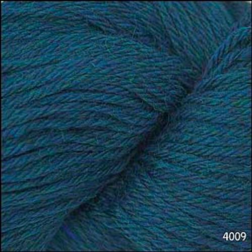 Cascade 220 Yarn - 100% Peruvian Wool - 4009 Aporto