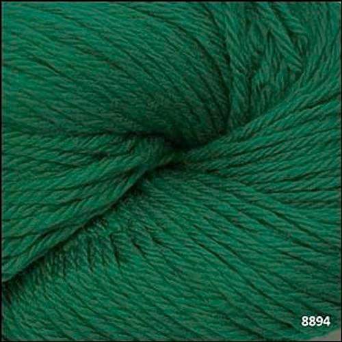 Cascade 220 Yarn - 100% Peruvian Wool - 8894 Christmas Green