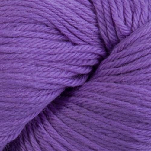 Cascade 220 Yarn - 100% Peruvian Wool - 8762 Deep Lavender