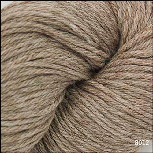 Cascade 220 Yarn - 100% Peruvian Wool - 8012 Doeskin Heather