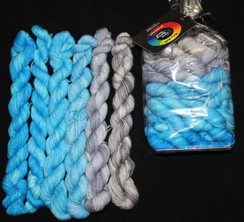 Done Roving Mini Gradients Winter Sky #1