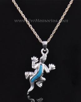Silver Gallant Gecko Jewelry Pendant