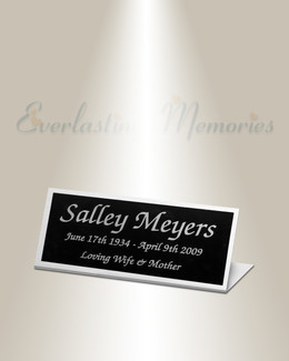 Hydra Easel Engraved Plate