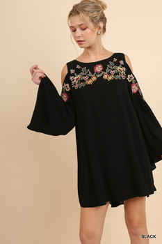 A3796 UMGEE  Open Shoulder Angel Sleeve Dress with Floral Embroidery and Back Keyhole Black