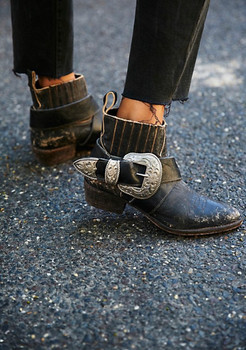 MATISSE UNDERSTATED DISTRESSED BLACK BIKER BOOTS