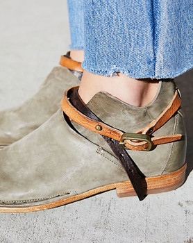 AS98 FREE PEOPLE BRODY FELIX FLAT LEATHER MILITAIRE GREEN BOOTIES