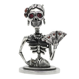 Lady de Muerte - Skeleton Statue