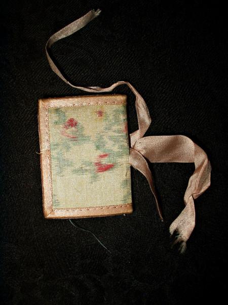 Edwardian Antique Silk Ribbon Hand Made Needle Case Wool Leaves