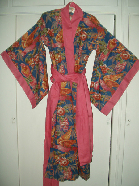 Vintage 1920's Cotton Bohemian Kimono Robe Colorful Tropical Birds Parrot Unworn