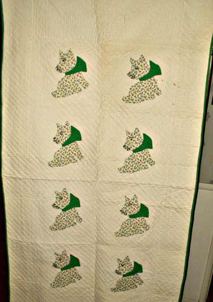 Vintage 1930s Depression Scottie Dog Applique Crib Quilt