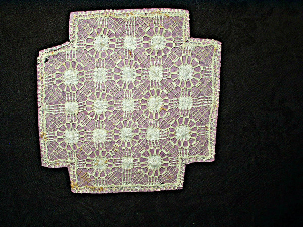 Victorian Pull Thread Drawnwork Tenerife Lace Small Doily