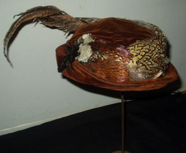 Antique Edwardian 1912 Titanic Brown Velvet Pheasant Feathers Hat