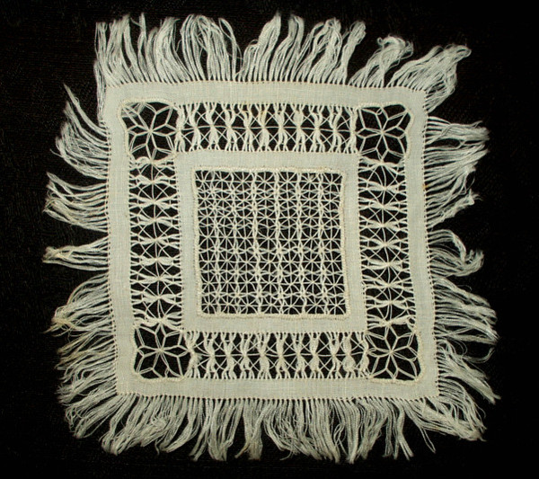 Antique Victorian 1880 Doily Drawnwork Pull Thread Fringe Lace