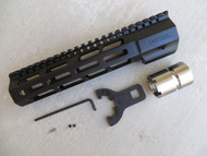 "Mega Arms AR-15 Wedge Lock Carbine Length M-Lok Hand Guard (WLH-250-ML) - 7"""