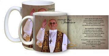 El Papa da la bendicion con Francisco Taza del rezo