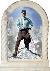 Bl. Pier Giorgio Desk Shrine