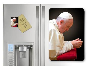 Pope Francis in Prayer Magnet