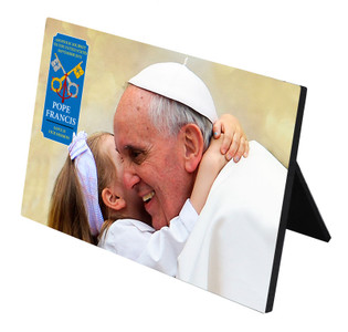 Pope Francis embracing Child Commemorative Visit Desk Plaque