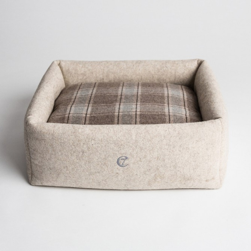 Little Nap Dog Bed - Felt & Cashmere www.hugoandotto.com