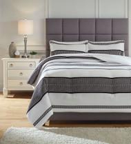 Masako Black/White King Comforter Set
