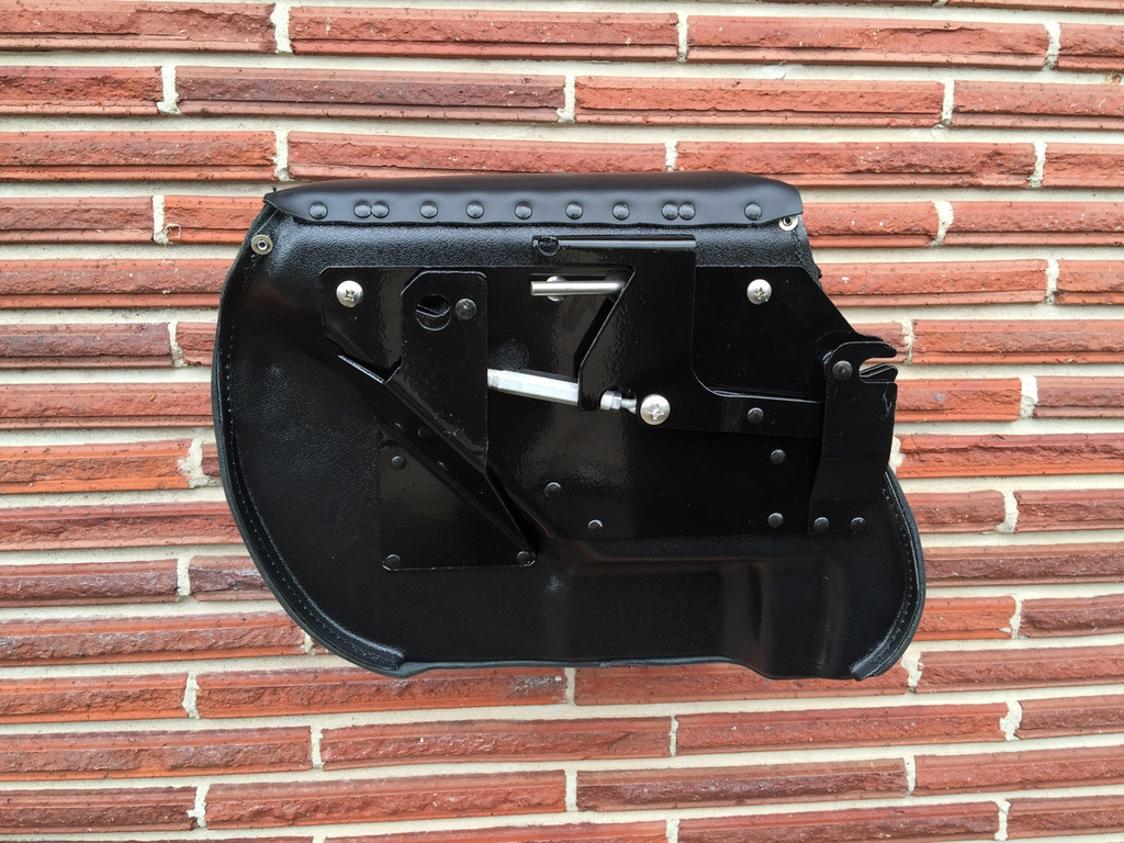 CB3000 Series Dyna Saddlebags