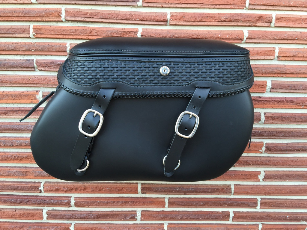 LP4080 XL Softail Saddlebags - Deluxe Edition