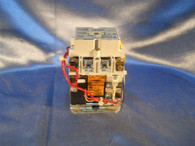 Challenger AC Lighting Contactor (410CU12M01) Model L 30 amps, New Surplus