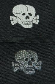 Bevo SS Collar Tab - Totenkopf