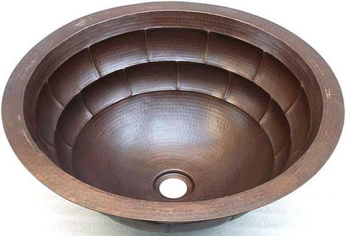 Tortoise block design in hammered copper round sink