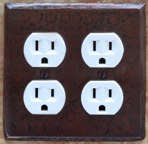 Double outlet plug hammered copper plate cover