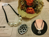 Black Chain Pearl Necklace with Pendant