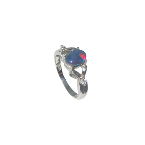 FINE TWISTING STERLING SILVER OPAL RING