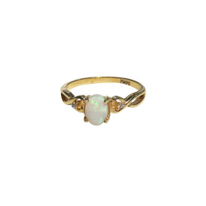 MAJESTIC KISSED 18KT GOLD PLATED OPAL RING