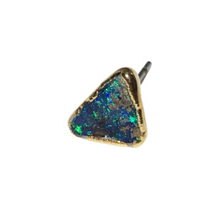 RIVER DANCE SINGLE OPAL STUD EARRING